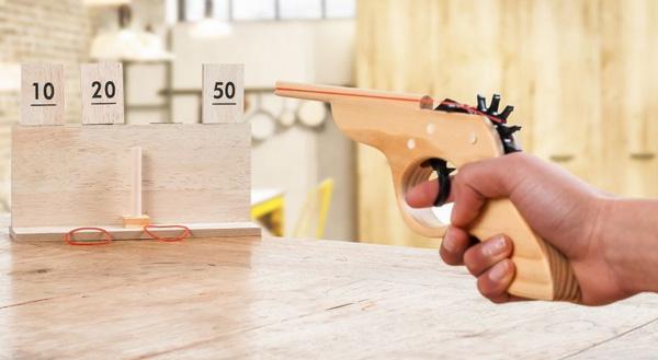 pistolet en bois jouet en bois enfant vintage