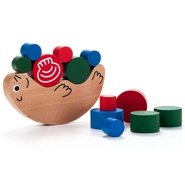 jeu de balance et équilibre en bois montessori
